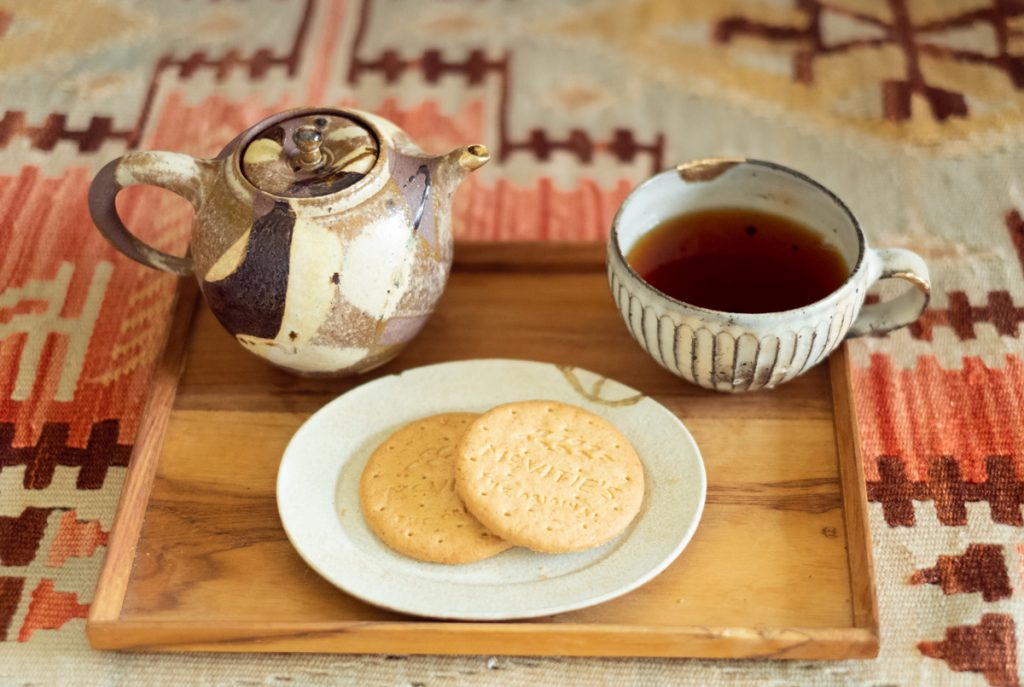 マクビティ ダイジェスティブビスケットと紅茶